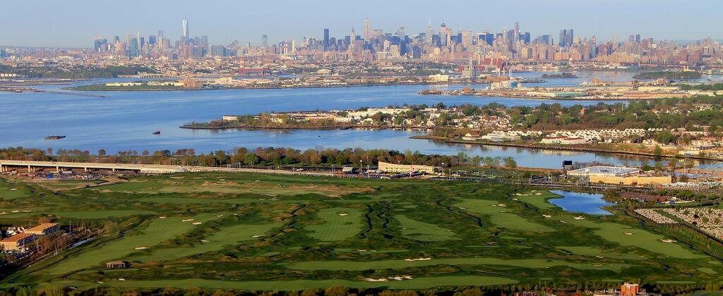 First Look: Trump Golf Links at Ferry Point, NYEighteen ...