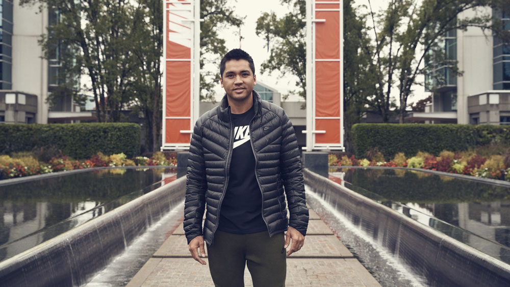 jason_day_nike_campus_enterance_original-1000x563