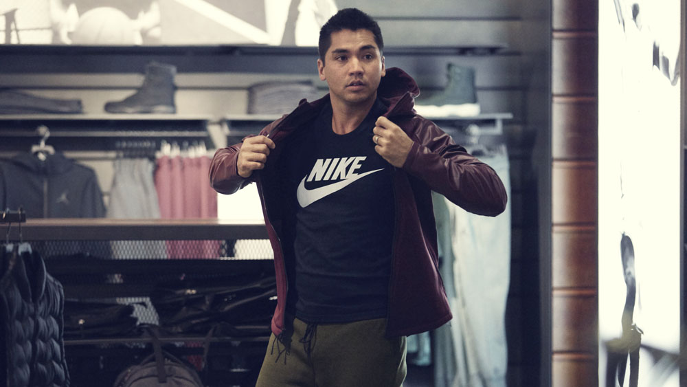 jason_day_nike_portland_store_original-1000x563